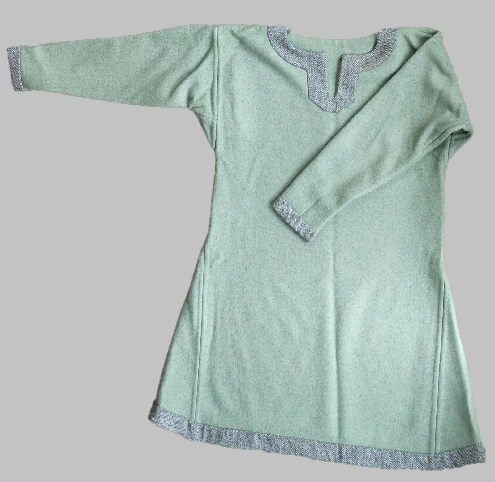 Early Medieval Tunic - Fully Hand Sewn Seams - Fits Up To 41