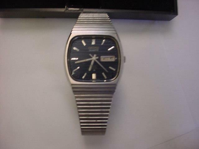 Часов года стоимость 1979 продать запчасти часы москва на