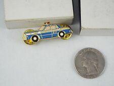 BLUE POLICE CAR URBAINE MONTREAL 911 PIN