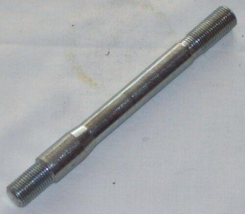 Crossmember Stud Per MGB 62-75 AHH6204