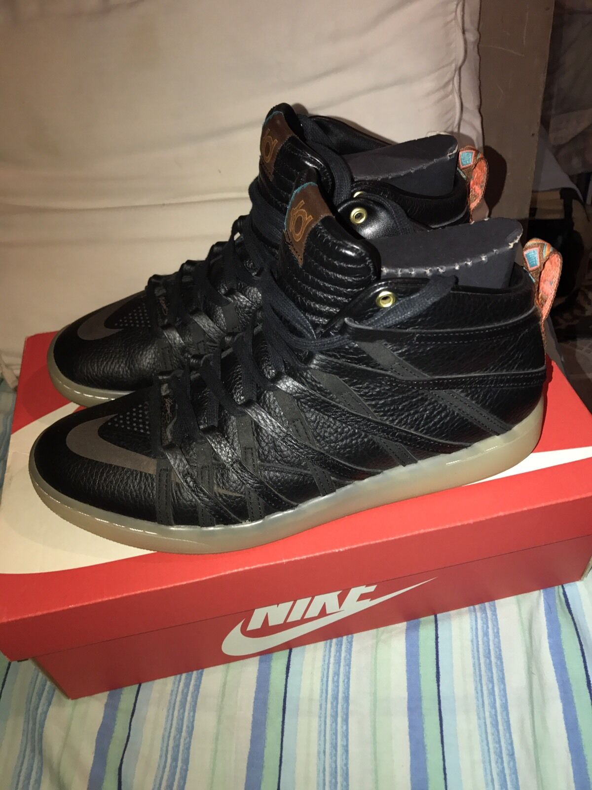 Nike KD VII 7 NSW Lifestyle Black/Black Size 9.5 100% AUTHENTIC RARE VNDS
