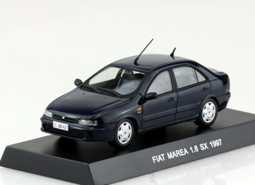 Fiat Marea azul oscuro carabineros policía 1997 1:43 maqueta de coche
