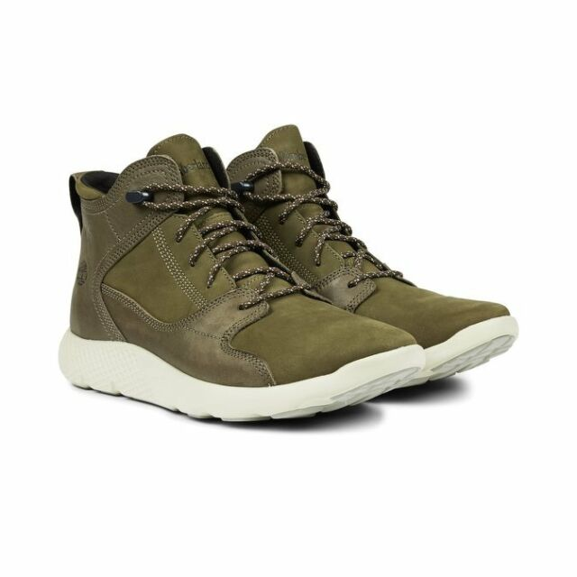 Timberland Men s Flyroam Leather Hiker BOOTS UK Size 9 for sale ... 3823609a16