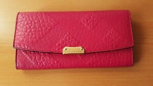 Burberry-Pink-wallet-Authentic