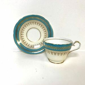 Aynsley-bone-China-Cup-amp-Saucer-With-Blue-amp-Gold-Decoration