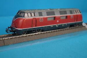 Marklin-3021-DB-Diesellok-Br-V-200-version-8