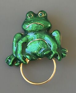 Vintage-frog-Brooch-amp-eyeglass-holder-In-enamel-on-Gold-Tone-Metal