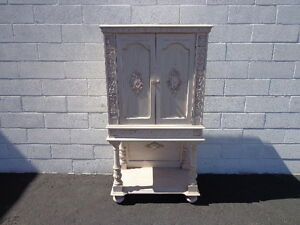 Antique-Cabinet-Hutch-Carved-Wood-French-Provincial-Country-Display-Case-Cottage