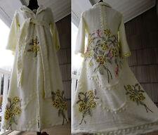 She Loves Me She Loves Me Not Handmade Chenille Bedspread Robe Vtg Bathrobe