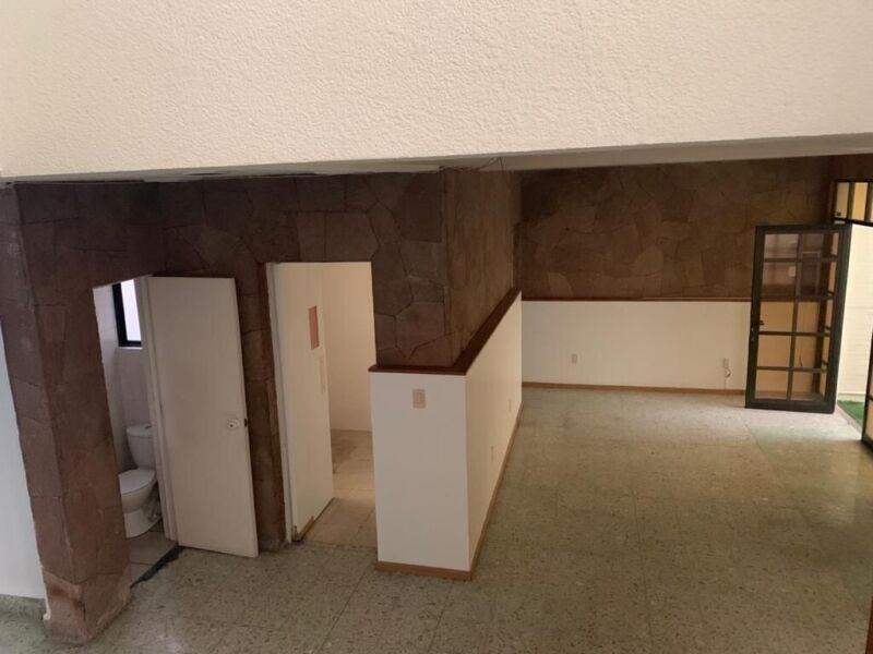 Inmueble que consta de dos casas en la Colonia Condesa