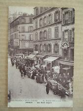 CPA PARIS (75) LA RUE LEPIC MONTMARTRE. BOUILLON DU MOULIN ROUGE. Photo LEMESLE