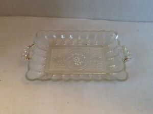 Vintage-1950-039-s-COLUMBIA-CRYSTAL-clear-Scalloped-Edge-Pressed-Glass-CELERY-DISH