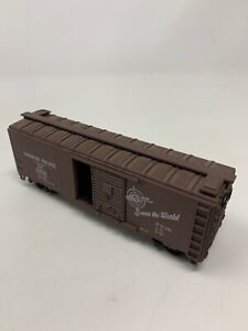 Canadian-Pacific-Railroad-40-039-Boxcar-CP-241039-HO-Scale-Kit-Assembled-D10