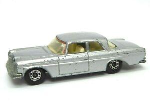 Matchbox-Lesney-No-46c-Mercedes-Benz-300SE-Coupe-Raro-Plateado-metalico