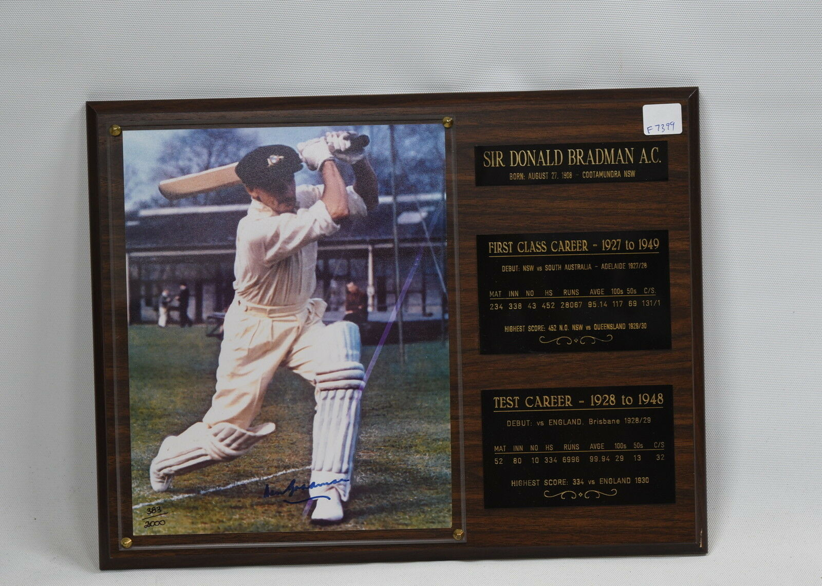 Sir Donald Bradman Signed and Framed Photograph - Number 383 2000 - Certificate