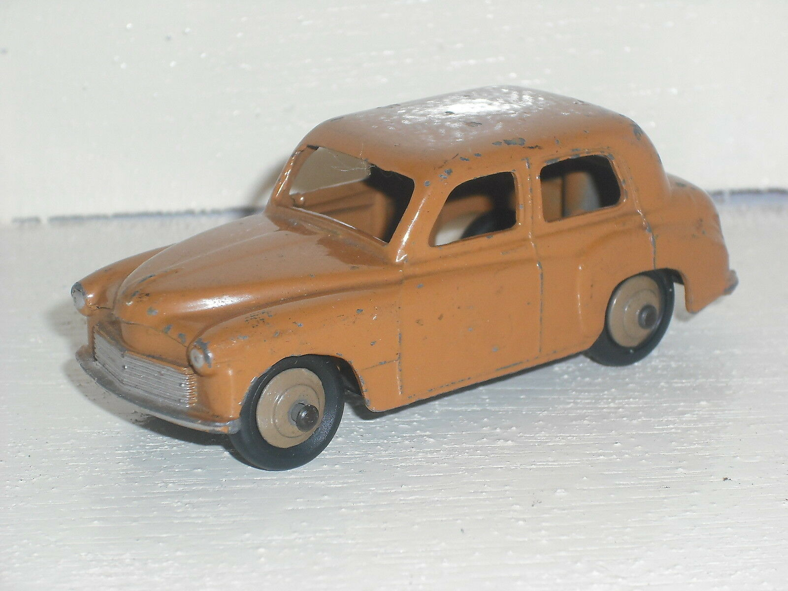 Dinky Toys Hillman Minx Minx Minx Saloon 8e0f6f