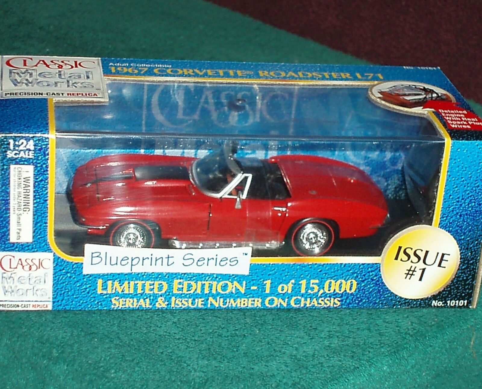 CLASSIC METAL WORKS 1967 CHEVY CORVETTE ROADSTER w DISPLAY CASE 1 24 RED