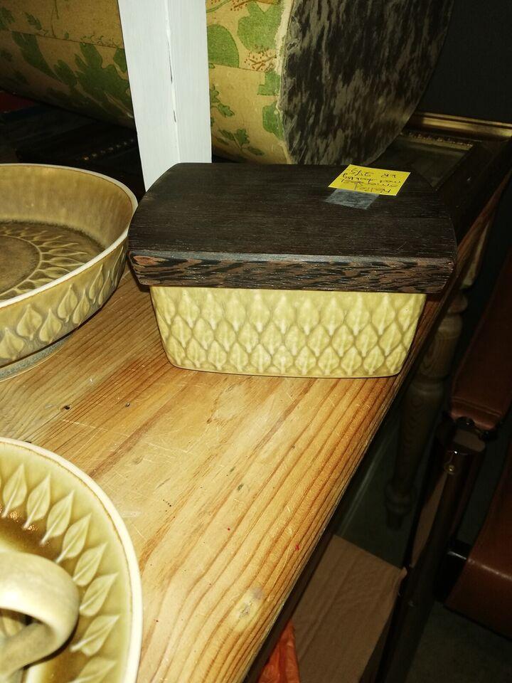 Keramik, Tallerkener mm, Quistgaard Relief