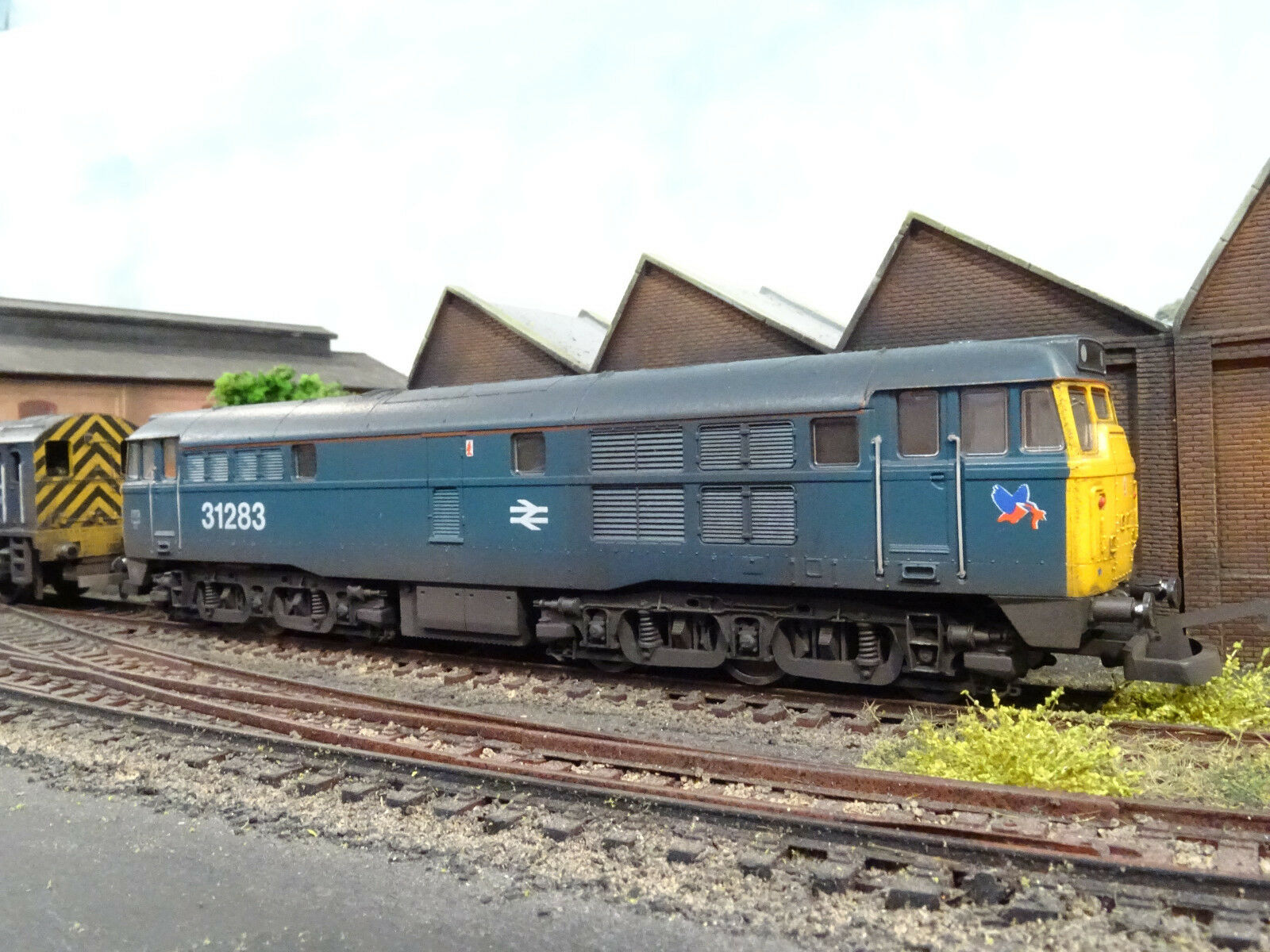 LIMA BR blueE CLASS 31283 DIESEL (LINESIDE WEATHERED) BOXED