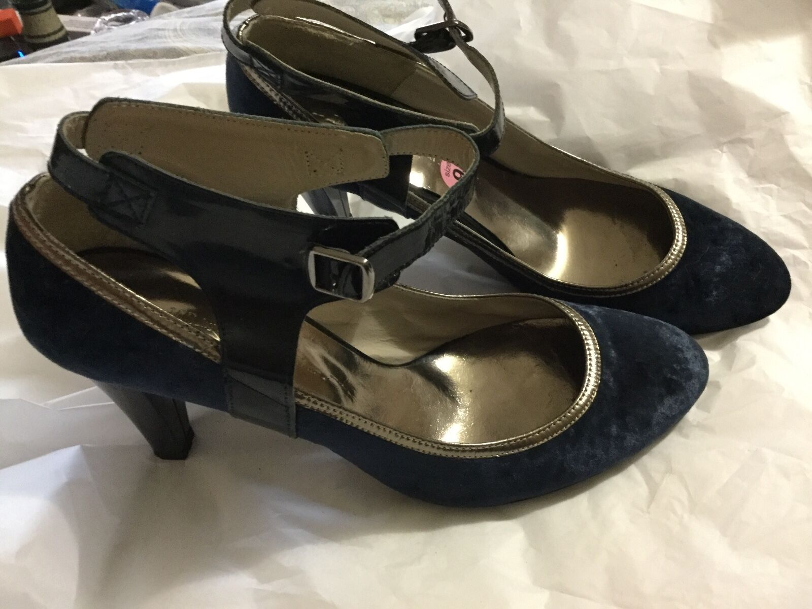 EXCELLENT CONDITION Martine Sitbon Velvet Pumps with Ankle Strap - - - EU 40 US 9.5 837d3f