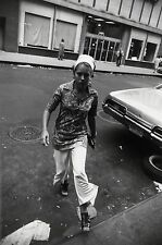 Garry WINOGRAND:  Women Are Beautiful c. 1970 / Silver Print / SIGNED / GW14
