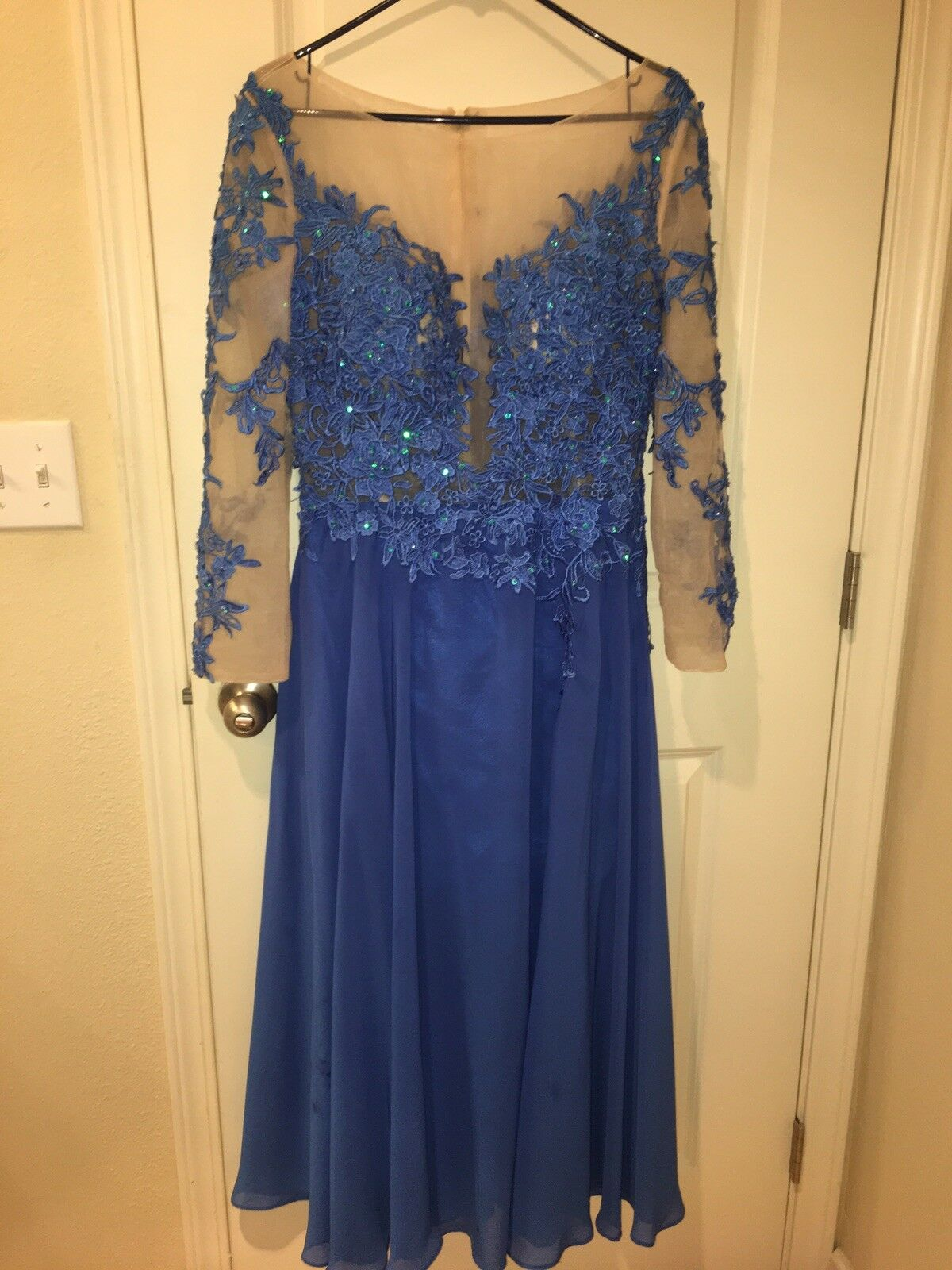 Women's formal blue prom dress with sleeves and lace detail!