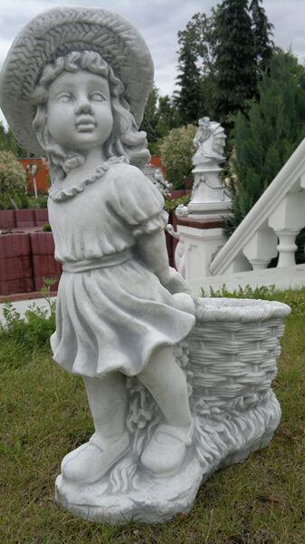 Gartenfigur Madchen Mit Korb 63 5 Cm Skulptur Steinguss Menschen Gartendeko Ebay