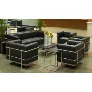 Canape-et-fauteuil-LC2-Contract-en-cuir-veritable-simili-cuir-hotel-maison