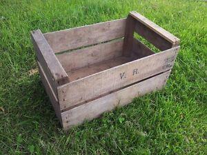 Livraison Rapide Vintage En Bois Poire/fruit Caisses-rustique Vieux Boisseau Box-shabby Chic Rangement-afficher Le Titre D'origine Retarder La SéNilité