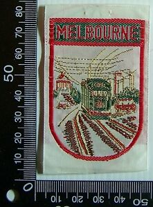 VINTAGE-MELBOURNE-VICTORIA-EMBROIDERED-SOUVENIR-PATCH-WOVEN-CLOTH-SEW-ON-BADGE