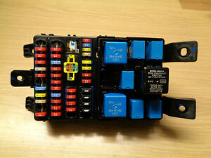 2009 hyundai i10 relay fuse box ebay. Black Bedroom Furniture Sets. Home Design Ideas