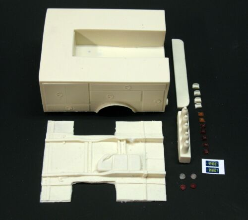 1:25 scale model resin Emergency Squad 51 fire truck conversion kit