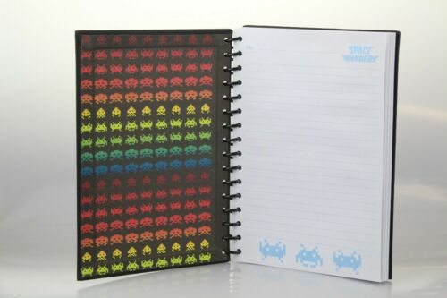 Space Invaders A5 Notizbuch Schwarz Buch mit Gelbem Space Invader Logo