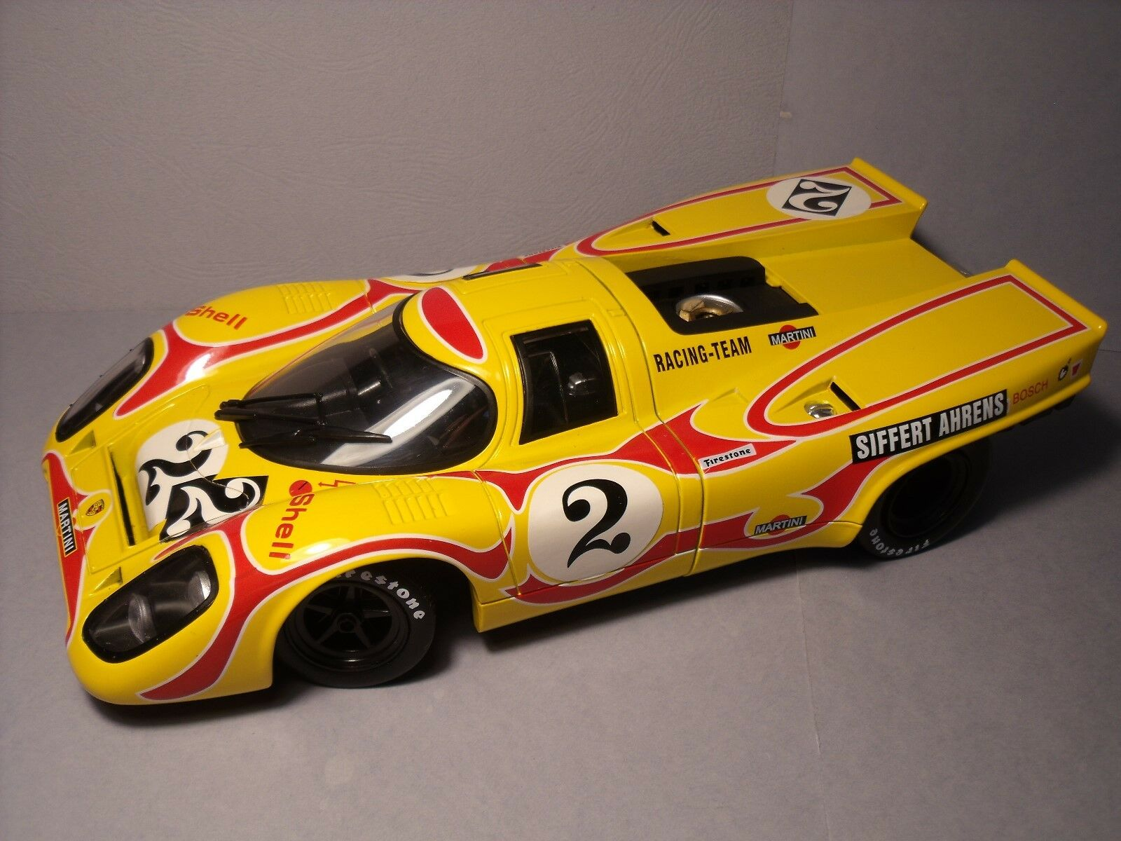 Porsche 917 k martini pop 1970 universal hobbies 1 18 no. 917 norev