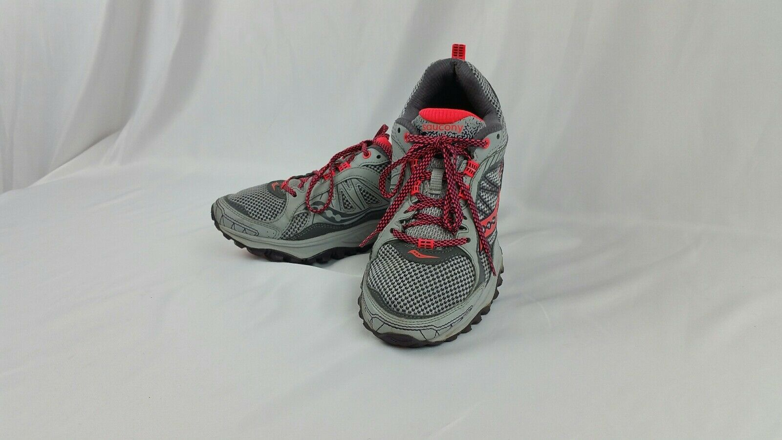 Women's Saucony Excursion TR 9 S15249-1 Running Training shoes size 7.5