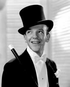 FRED-ASTAIRE-8x10-PICTURE-B-amp-W-TUXEDO-TOP-HAT-PHOTO