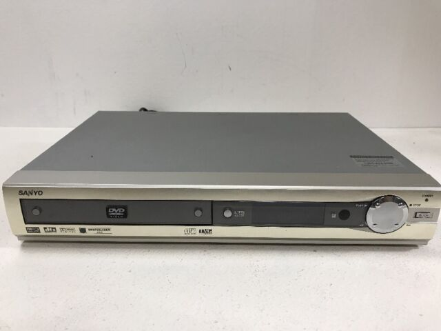 Sanyo Model DWM-380 DVD CD Disc Video Player Spatializer Dolby DTS No Remote