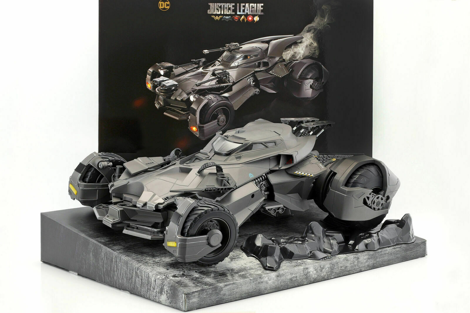 Mattel Frl54 DC Justice League RC Ferngesteuert Batmobil mit Batman Figur Wlan