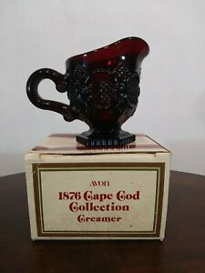 Avon-The-1876-Cape-Cod-Collection-Ruby-Red-Vintage-1990-creamer