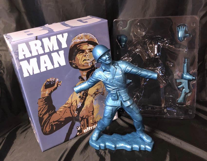 Frank Kozik SIGNED AUTOGRAPHED 17 Metallic Blau Big Army Man LE 50 Ultraviolence