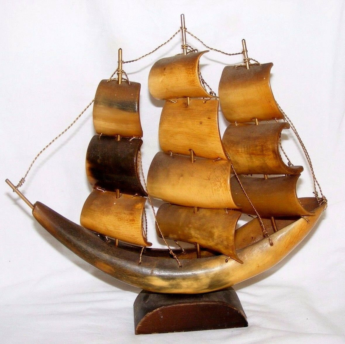 Vintage Original Cow Bovine Horn Model Clipper Sailing Ship Good Condition