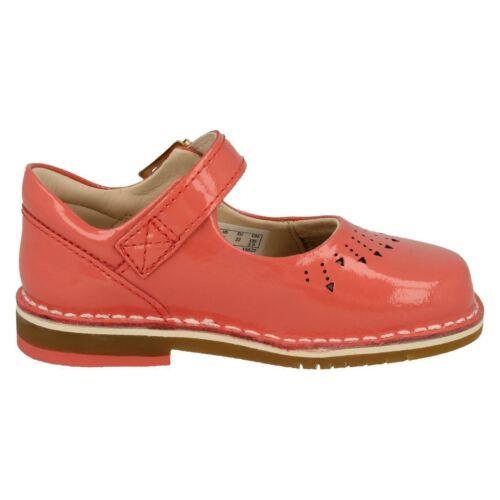 Zapatos Hilo Primeros Clarks Niña Charol Para Caminar Salto Tqa5wx