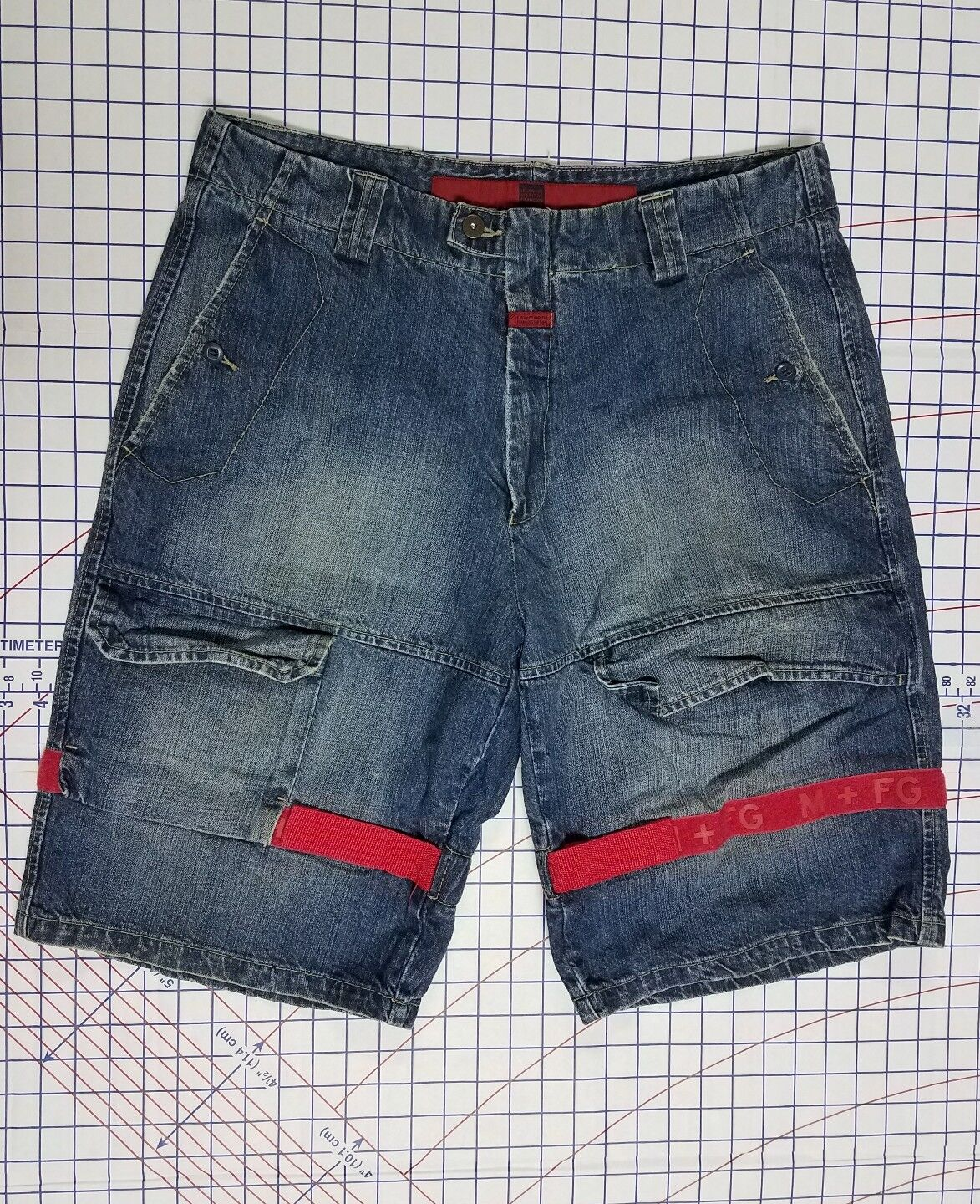 MARITHE FRANCOIS GIRBAUD 36 x 12 shorts bluee jeans designer straight baggy loose