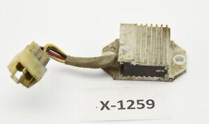 Yamaha-TZR-125-4DL-Bj-97-Spannungsregler-Gleichrichter
