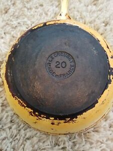 "LE CREUSET #20 Vintage 7 1/2"" Cast Iron Enamel Skillet Frying Pan Yellow"