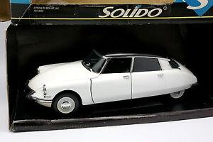 Solido 1/18 - Citroen Ds 19 1963 Blanche Et Noire
