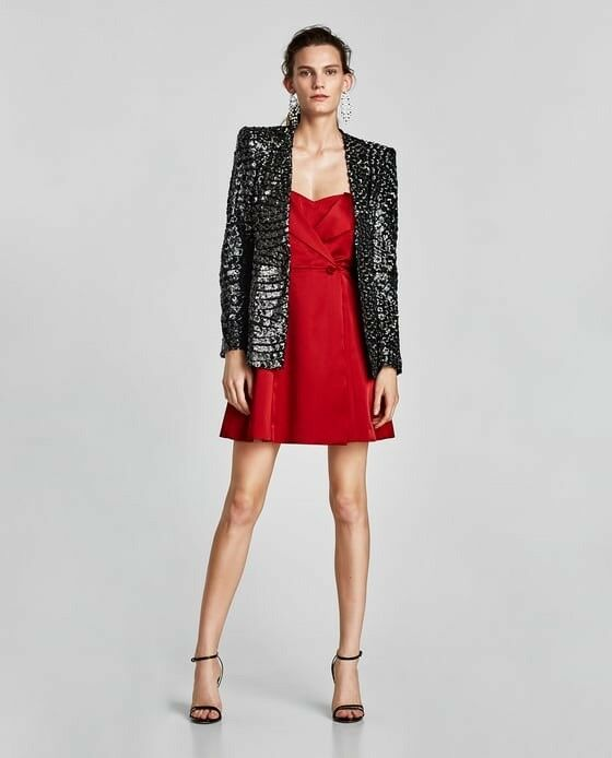 Zara damen rot Satin Dress With Exposed Shoulder Größe S NWT