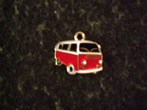 BULLY ca NEU Rot//Silberner Metall Kettenanhänger  VW Bus 2 mal 1,9 cm