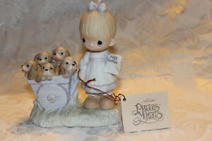 PRECIOUS-MOMENTS-GOD-LOVETH-A-CHEERFUL-GIVER-original-21-girl-puppies-no-mark