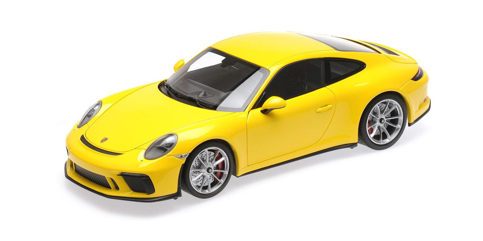 Porsche 911 Gt3 Touring Yellow 2018 MINICHAMPS 1 18 110067422 Model